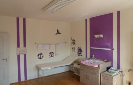 Malerarbeiten Praxis Behandlungszimmer